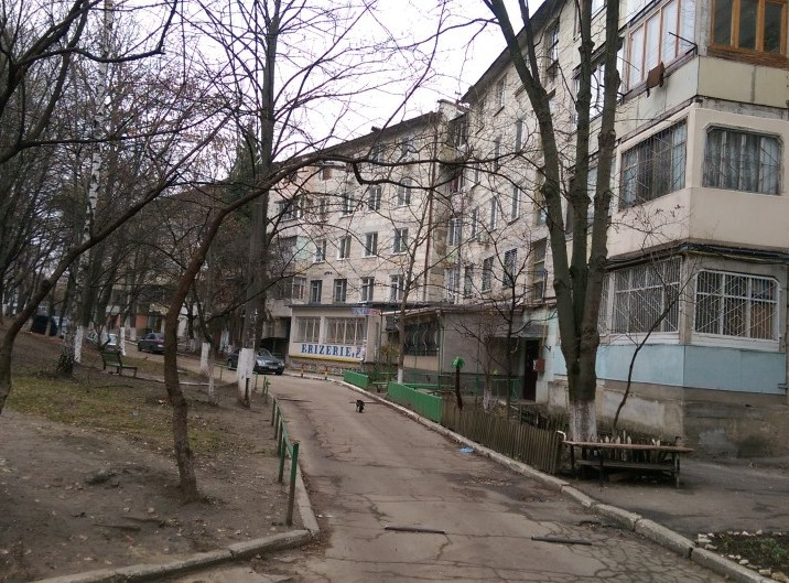 Apartament, 2 odai, 48 m2, Rascani, str. Dimo 31/1