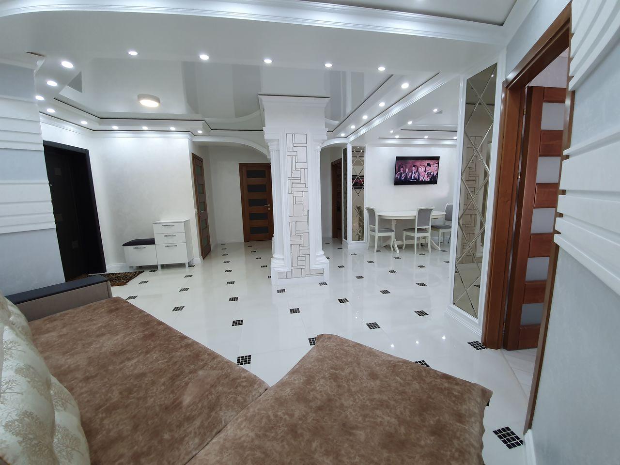 Buiucani, Alba Iulia, Apartament 2 Odai