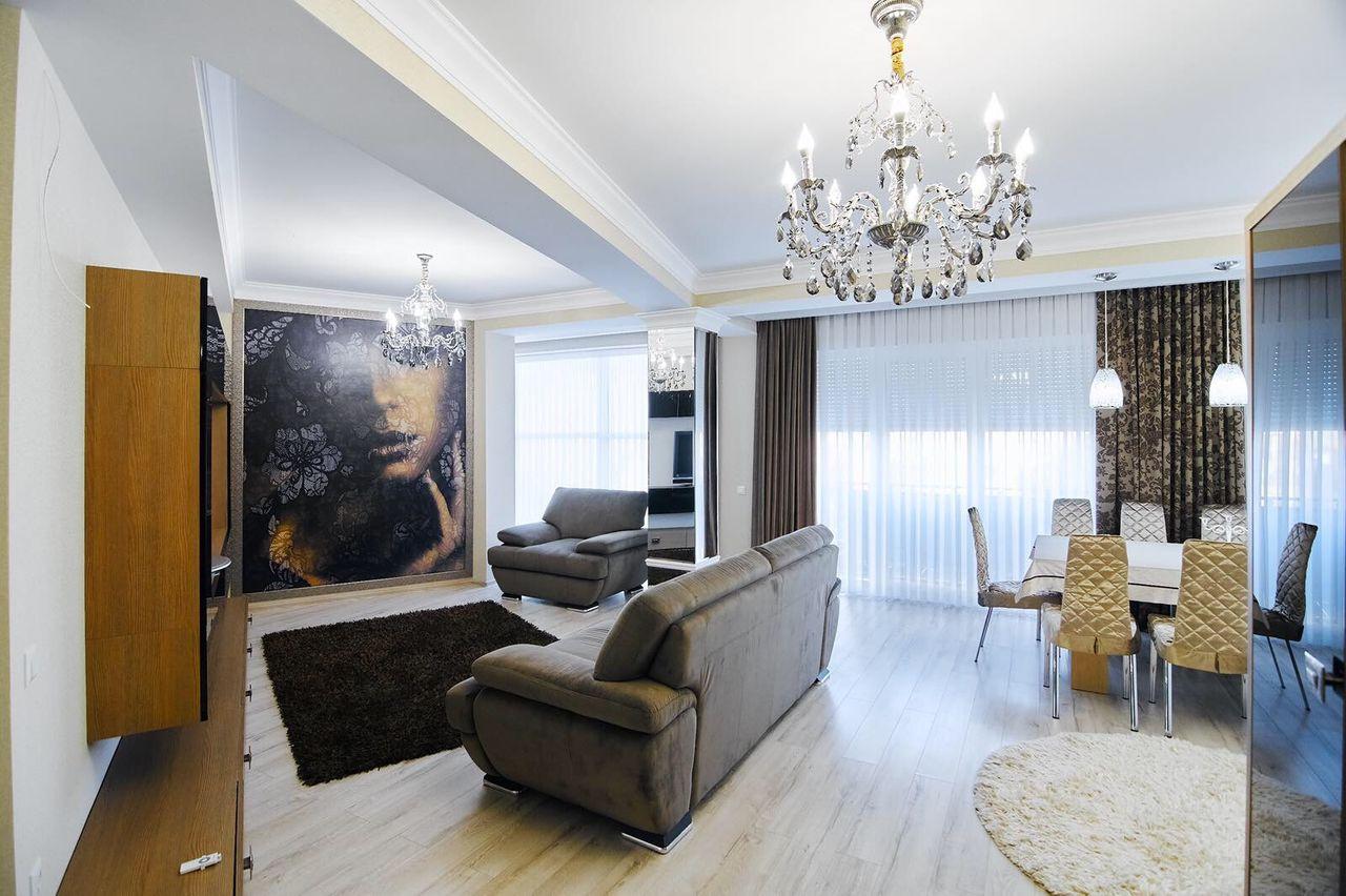 Apartament cu 2 camere de lux! Grenoble!