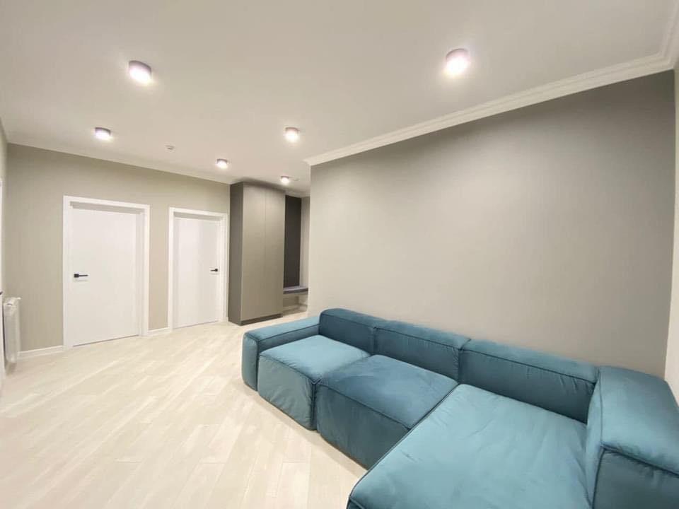 Exfactor 2 dormitoare cu living et 4
